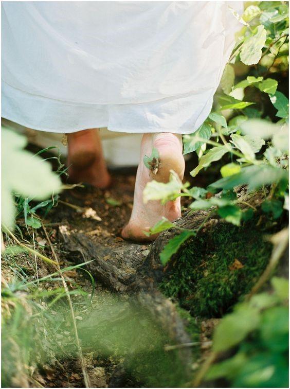 Es bueno de vez en cuando quitar la alfombra que hay debajo de nuestros pies. Nos da un claro sentido de qué es roca y qué es arena...6