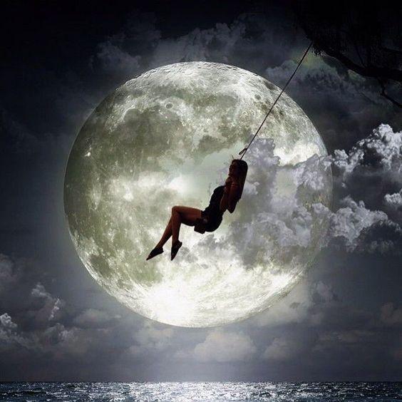 A Un Paso De La Luna – Ana Mena, Rocco Hunt –