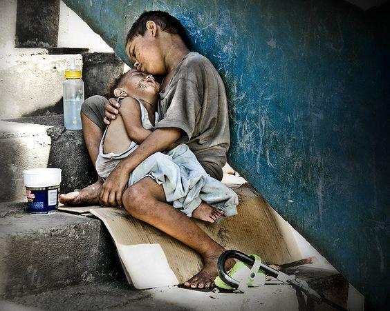 Injustas y Duras Dificultades... 1