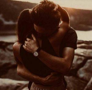 El Silencio De Un Abrazo…